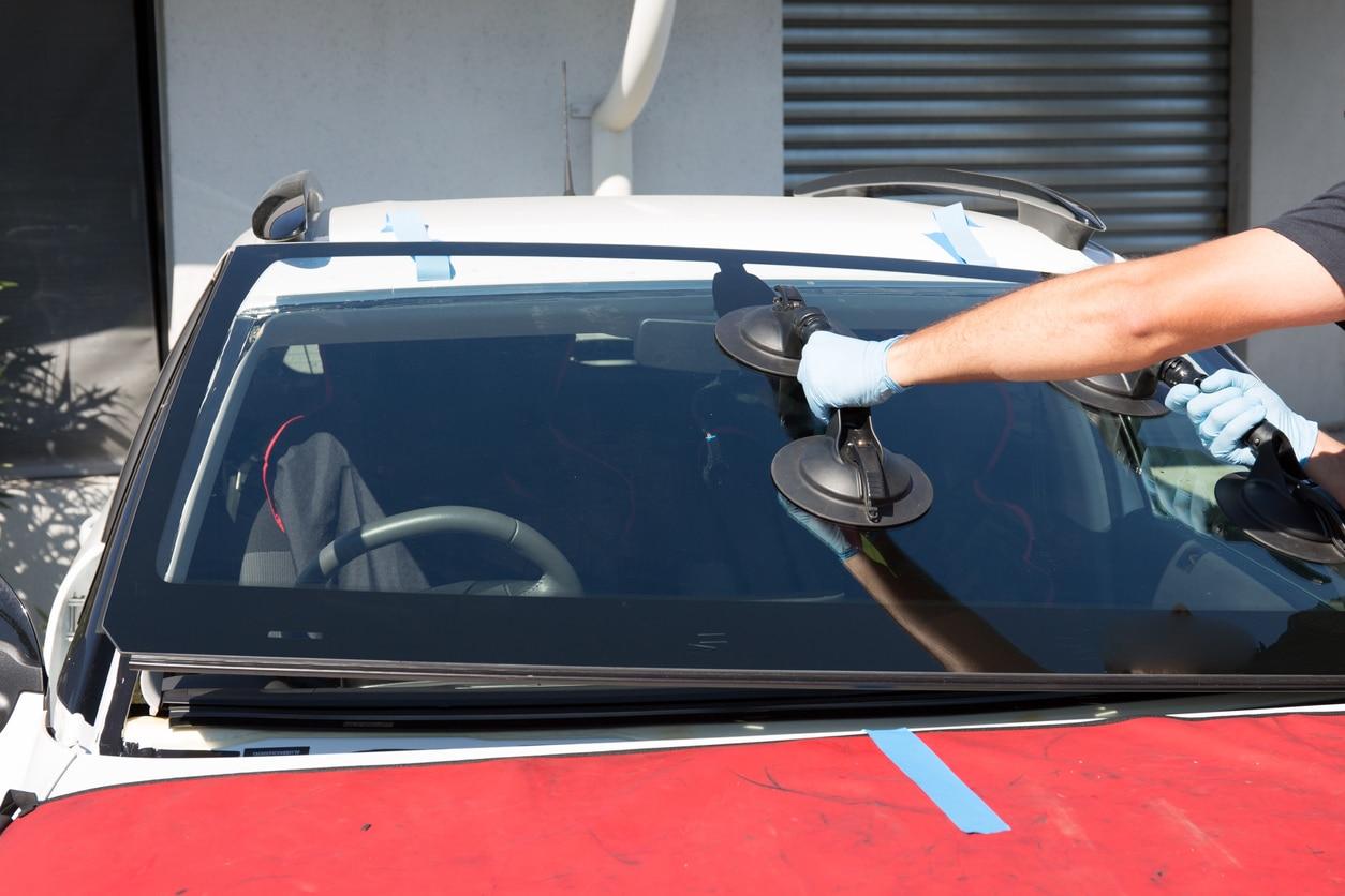 automotive glass repair
