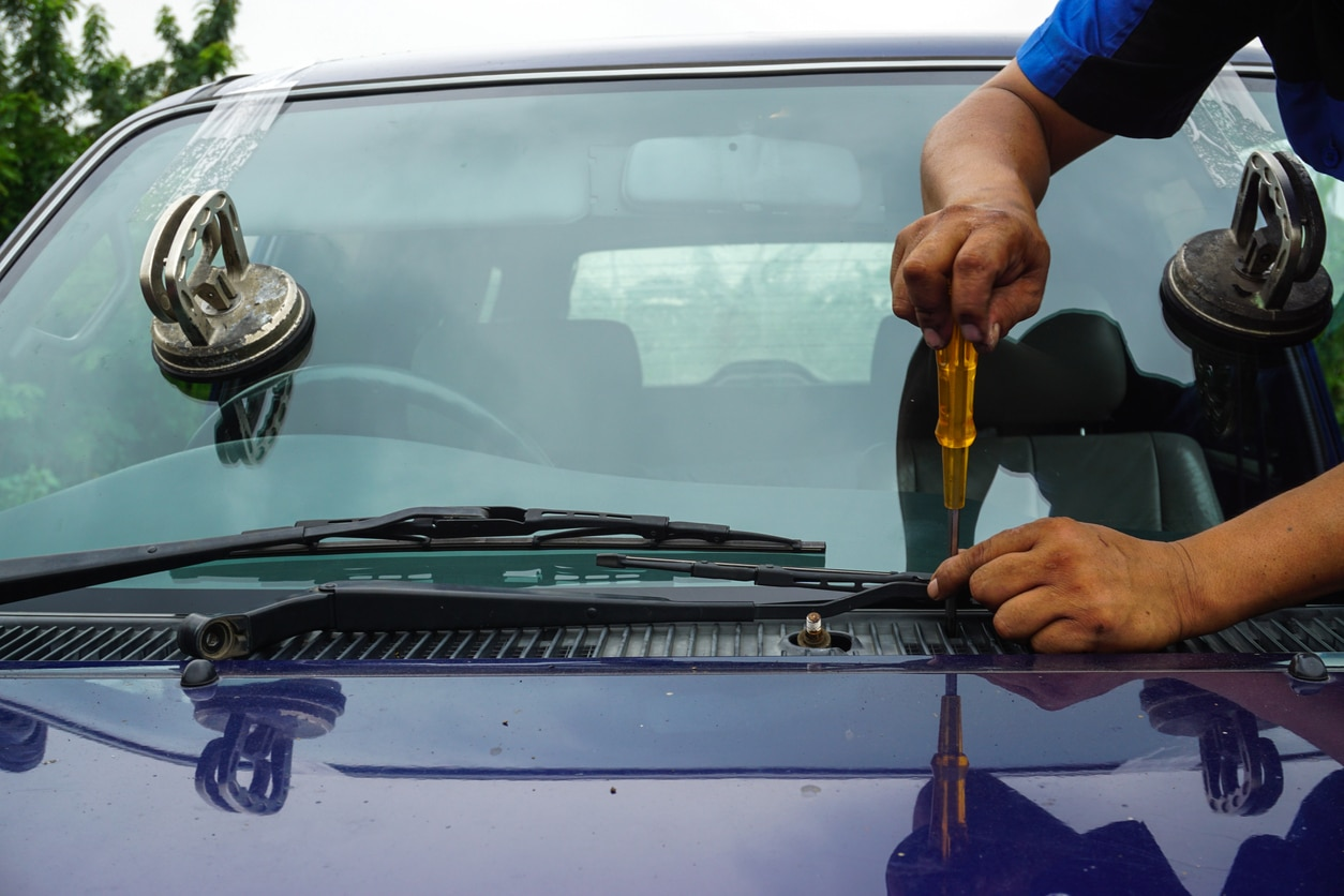 Mobile Windshield Replacement Calgary